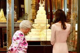 wedding cake kate middleton kate middleton celebrates 30th after gala premiere