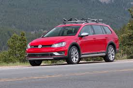 volkswagen alltrack offroad 2017 volkswagen golf alltrack first drive surprisingly capable