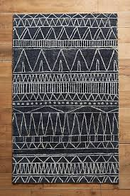 Geometrical Rugs Best 25 Geometric Rug Ideas On Pinterest Blue Couch Living Room