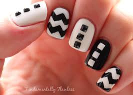 62 phenomenal black and white nails art design style ideas picsmine