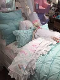 Pottery Barn Tropical Bedding Best 25 Mermaid Bedding Ideas On Pinterest Mermaid Room