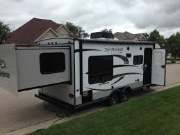 jayco ultra light travel trailers 2015 used jayco jay feather ultra lite x213 travel trailer in