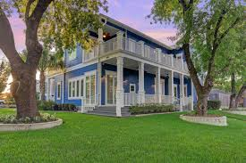 jen arnold u0026 bill klein struggle to sell texas home after
