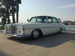 mercedes 250s 1967 mercedes on airbags 250s accuair airbags hotrod