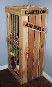 Make Your Own Childrens Toy Box by Best 25 Animal Bedroom Ideas On Pinterest Animal Theme Nursery