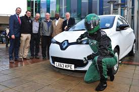 renault zoe electric first uk electric car club powered by renault my renault zoe