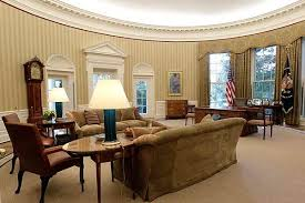 oval office decor oval office makeover more taupe same old desk csmonitor com