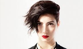 a symetric hair cut round face short funky haircuts for women haircut gallery
