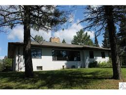 North Shore Cottages Duluth Mn by 5573 North Shore Dr Duluth Mn 55804 Mls 6031865 Edina Realty