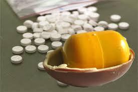 kinder suprise egg caner dealers replace kinder egg toys with drugs