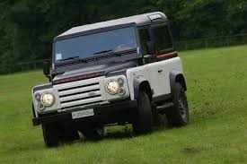 land rover defender 2010 aznom land rover as tough as it looks