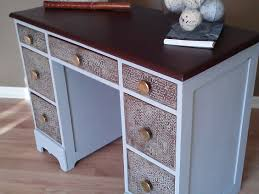 Paint For Faux Leather - salvaged wood desk transformed with chalk paint bubble wrap and
