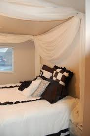 Diy Canopy Bed An Easy Way To Create A Beautiful Canopy With Curtain Rods And