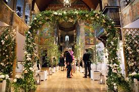 wedding arch edinburgh an amanda wakeley gown for an summer garden themed