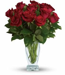 How Much Is A Dozen Roses Ceres Florist Flower Delivery By Hand Creations Flowers Shop
