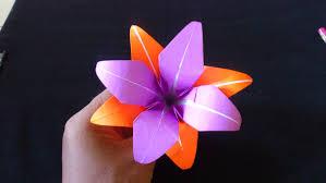 membuat hiasan bunga dari kertas lipat cara membuat origami bunga lily ganda origami bunga dan tanaman