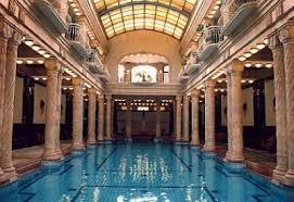 bagno termale e piscina széchenyi piscina nel bagno gellert i clienti dell hotel gellert possono