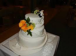 wedding cake bali cake picture of le meridien bali jimbaran jimbaran tripadvisor