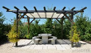 Pergola Coverings For Rain by What Are The Different Types Of Pergola Fabric With Pictures