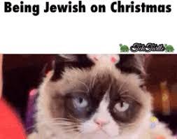 Christmas Grumpy Cat Meme - being jewish on christmas weknowmemes