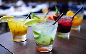 lounge happy h 5 7pm 6 mixed drinks 9