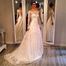robe de mariã e manche longue dentelle romantique de l épaule manches longues illusion décolleté dentelle