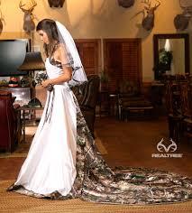realtree camo white wedding dress camo isn u0027t always redneck