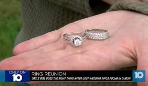 big old rings images 6 year old 39 tiny 39 dutton finds 10 000 bridal set teaches big jpg