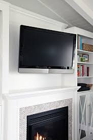 How To Build Fireplace Mantel Shelf - iheart organizing diy fireplace built in tutorial