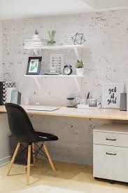 Minimalist Decorating Tips Best 25 Minimalist Office Ideas On Pinterest Desk Space Chic