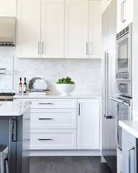 kitchen cabinets with silver handles 12 popular hardware ideas for shaker cabinets