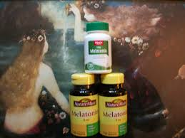 how long before bed should you take melatonin ms and melatonin for sleep multiple sclerosis and beyond