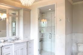 Small Master Bath With Walk In Closet House Design Ideas - Bathroom closet design