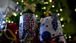 my christmas when should i take my christmas tree and decorations bath