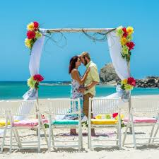 what to consider for beach wedding venues weddingood