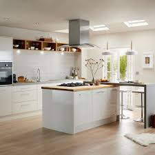 Kitchen How To Decorate A Kitchen While Saving Space