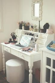 coiffeuse bureau le meuble coiffeuse se dévoile en 19 exemples coiffeur commodes
