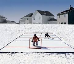 Hockey Rink In Backyard by Backyard Hockey Rink Play Hockey In The Backyard Waycoolgadgets Com