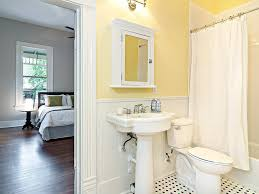 bathroom walls decorating ideas yellow bathroom walls green tile decorating ideas light paint color