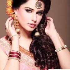 hair styles pakistan 20 simple and cute hairstyles for mehndi function this season