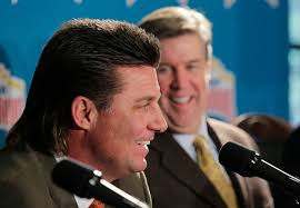 hair raising sight oklahoma state coach mike gundy u0027s mullet moves