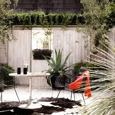 Courtyard Ideas Garden Trends In 2017 Garden Fencing Gardens And Small Gardens