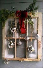 Metal Frame Christmas Decorations by Best 25 Christmas Windows Ideas On Pinterest Kitchen Xmas