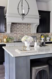 Brick Kitchen Backsplash by Best 10 Kitchen Brick Ideas On Pinterest Exposed Brick Kitchen