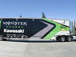 custom vinyl wraps autos cars trucks boats wichita
