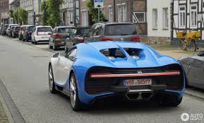 yellow and silver bugatti bugatti chiron 2 june 2016 autogespot