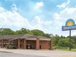 Comfort Inn Oxford Alabama Pet Friendly Hotels In Talladega Al Free Pet Check Service