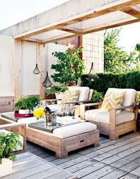 Schlafzimmer Ideen Rustikal Rustikaler Charme 24 Ideen Für Rustikale Gartenmöbel Garten