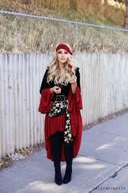 Queen Ravenna Halloween Costume Pirate Makeup Hair Tutorial Halloween Costumes Twist Pretty