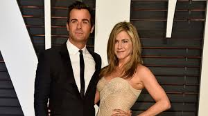 aniston wedding dress in just go with it aniston and justin theroux married in wedding